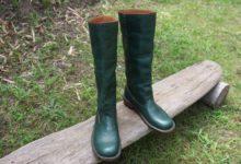 深緑のロングブーツ